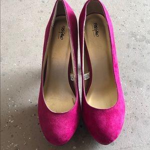 Shoes - Platform pink heels